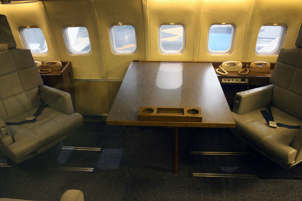 inside american power air force one cladem