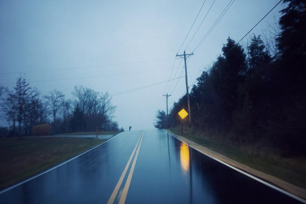 http://chrisglass.com/album/wp-content/uploads/2010/12/1124-wet-road.jpg