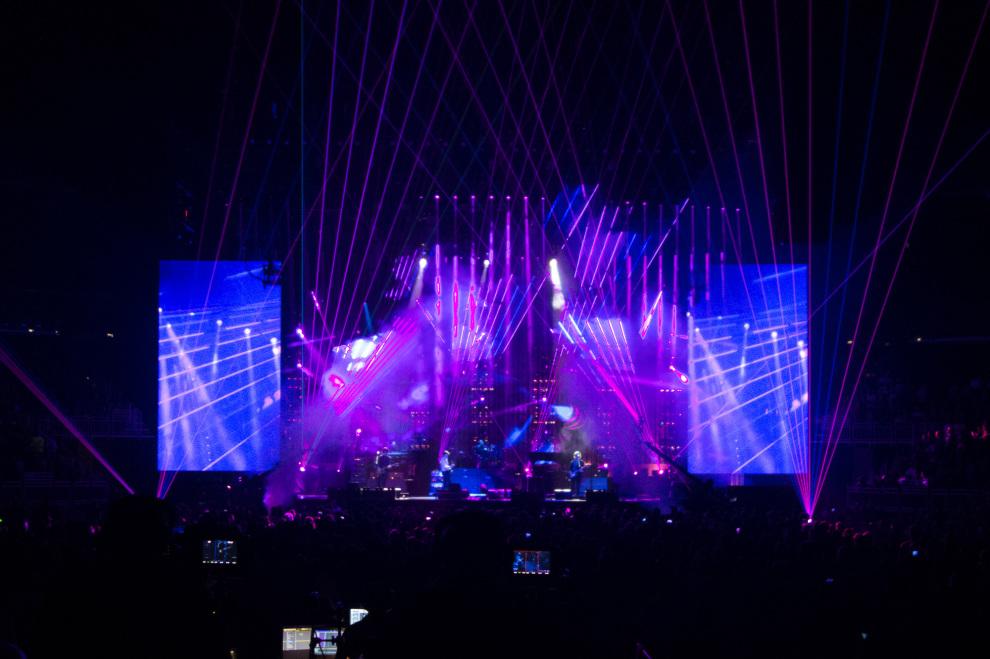 Paul McCartney Louisville lasers
