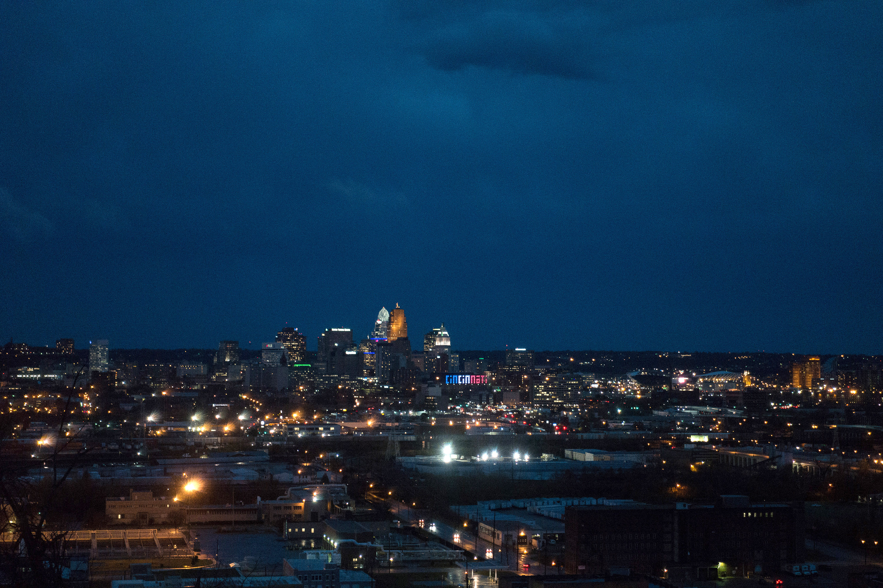 1118-cincinnati-night