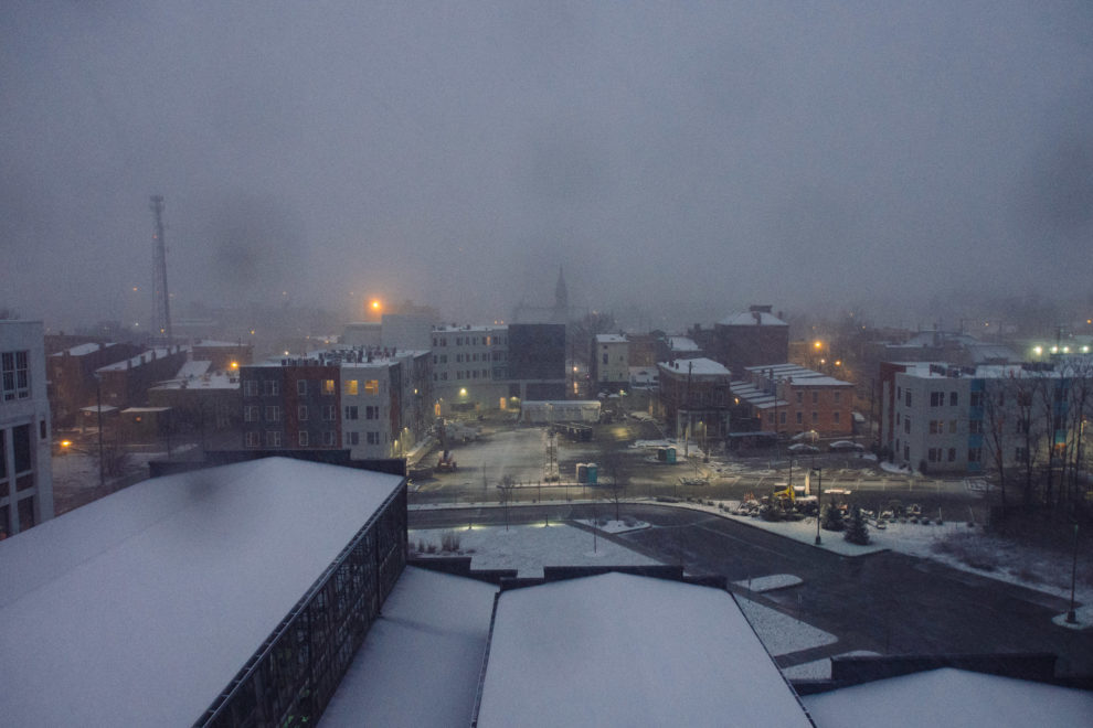 Gantry Northside, snow