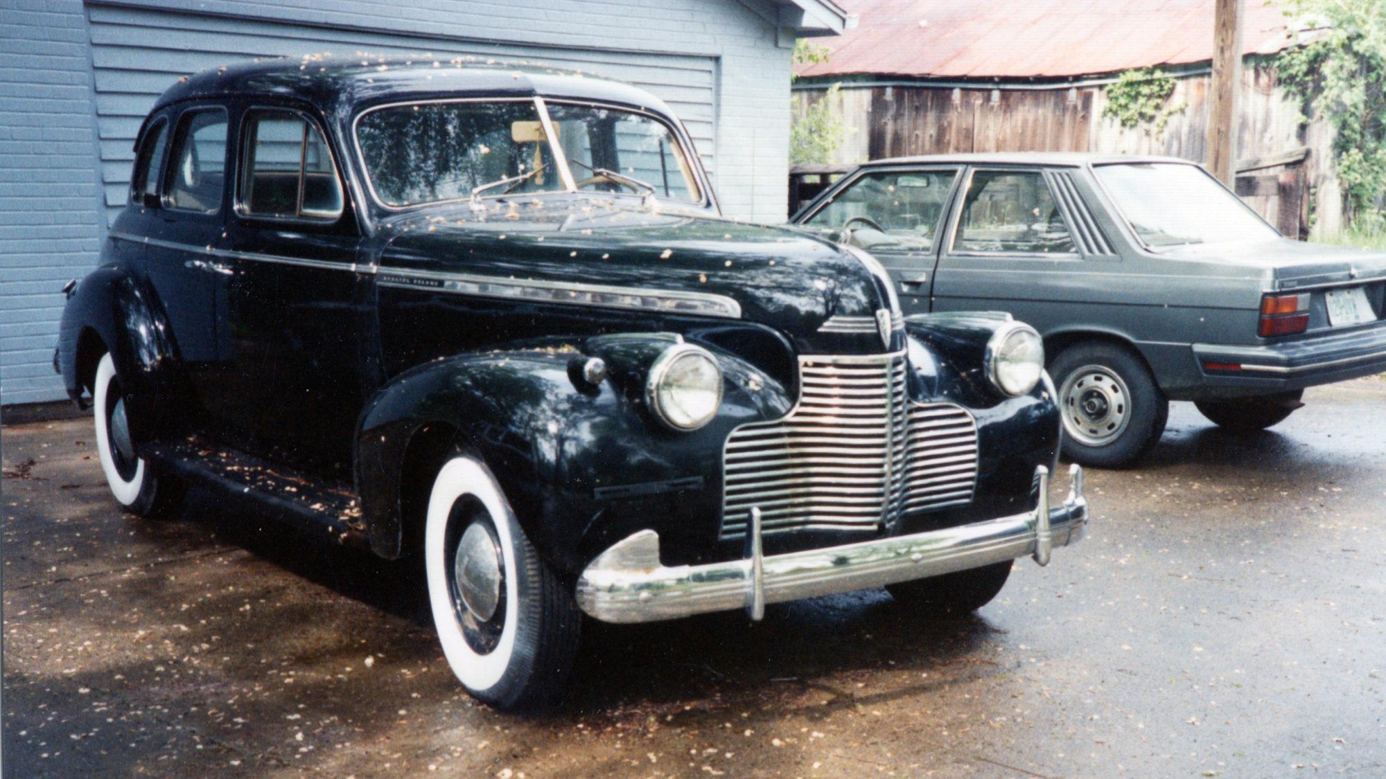 1940 Chevrolet, 1984 Renault Alliance