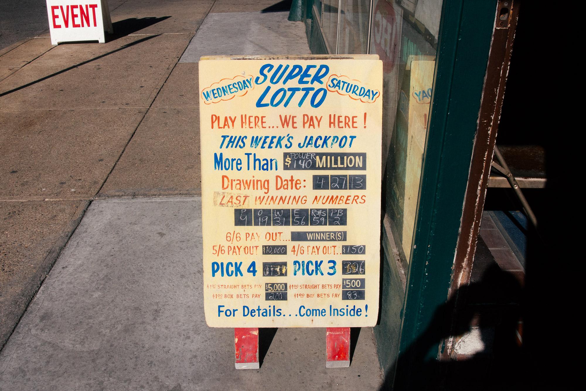 Super Lotto sign