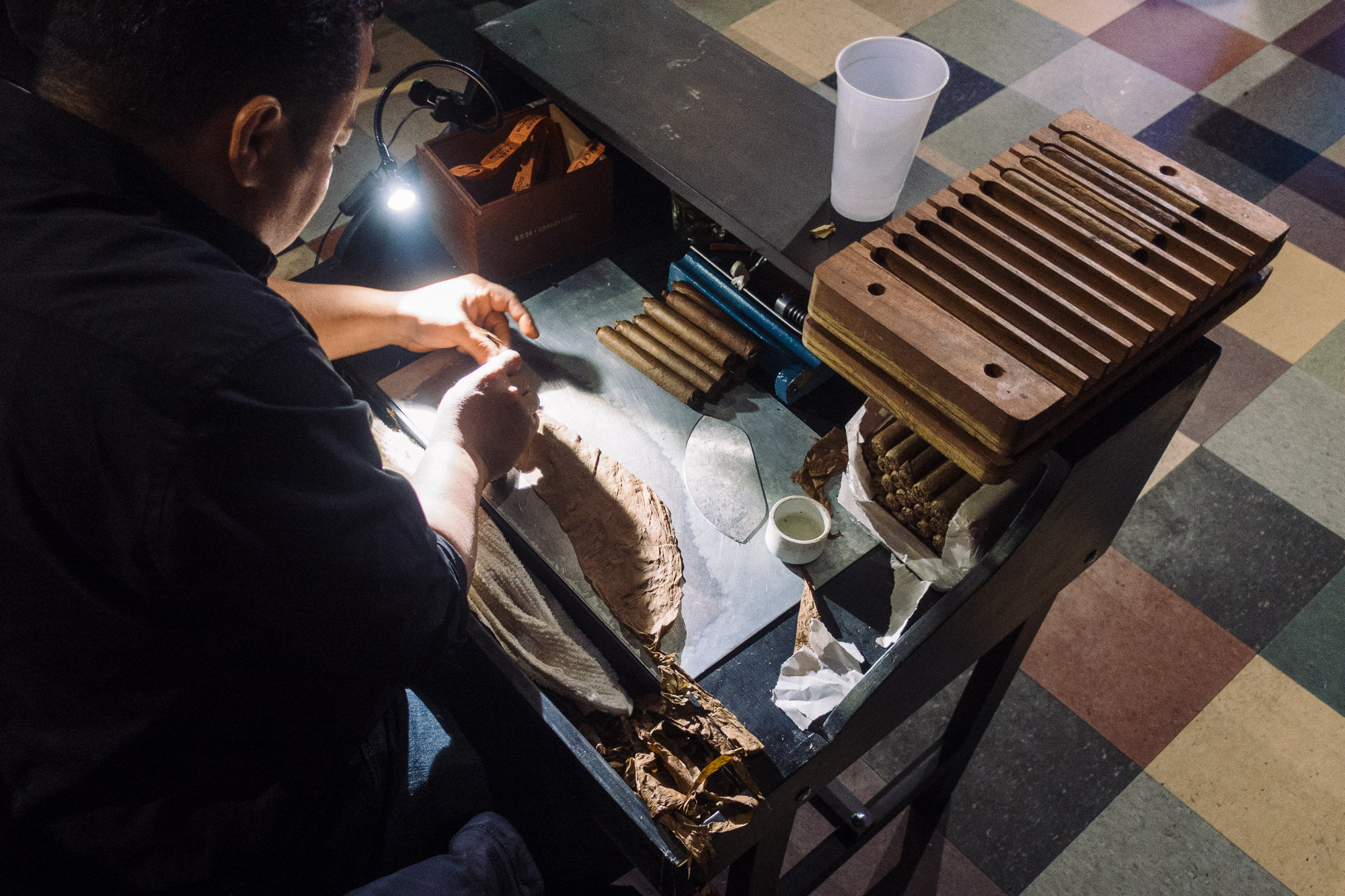 Hand rolled cigar