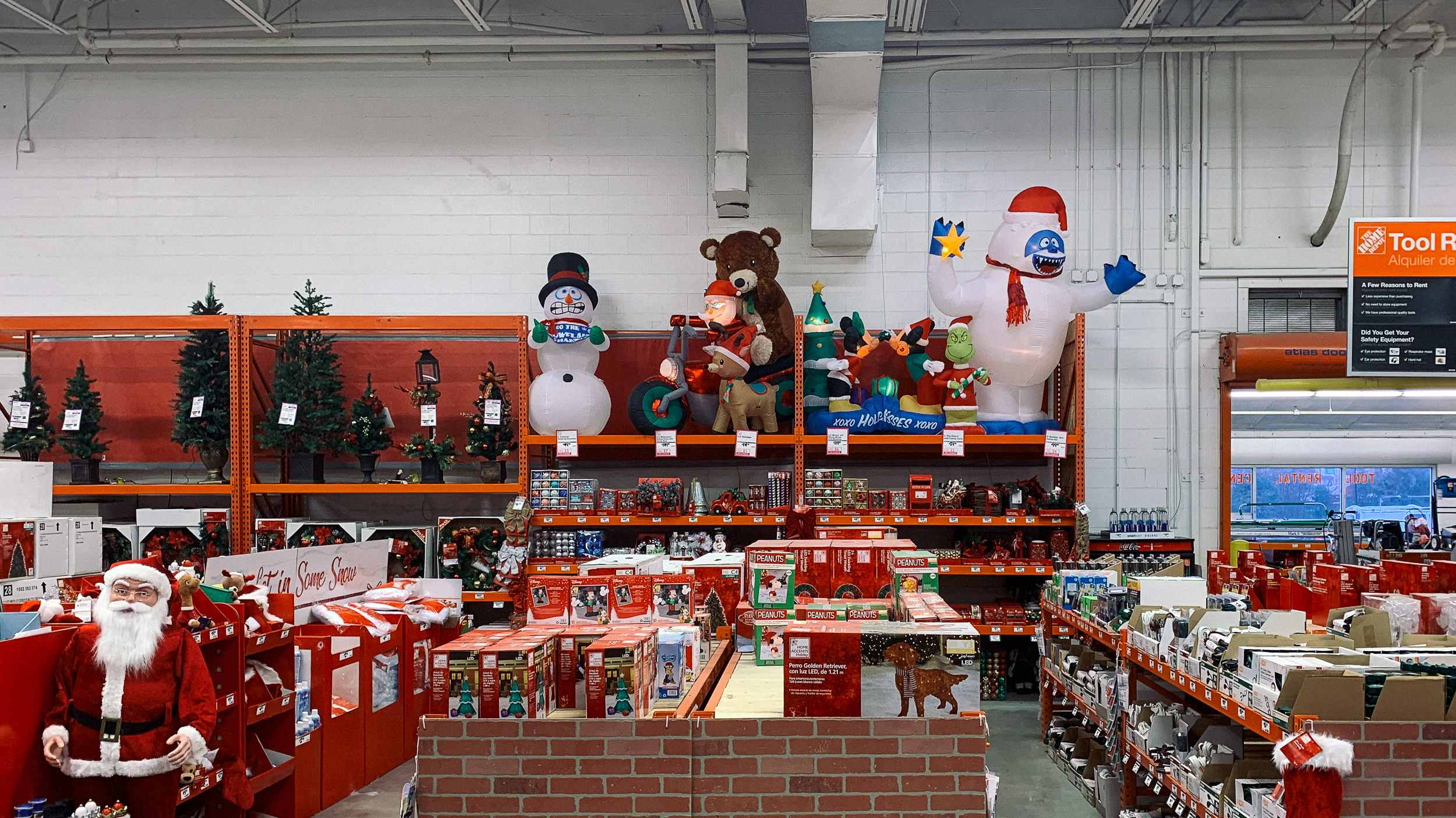 Home Depot holiday decorations
