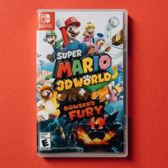 Super Mario 3D World Nintendo Switch game in case