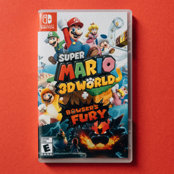 Super Mario 3D World Nintendo Switch game in case