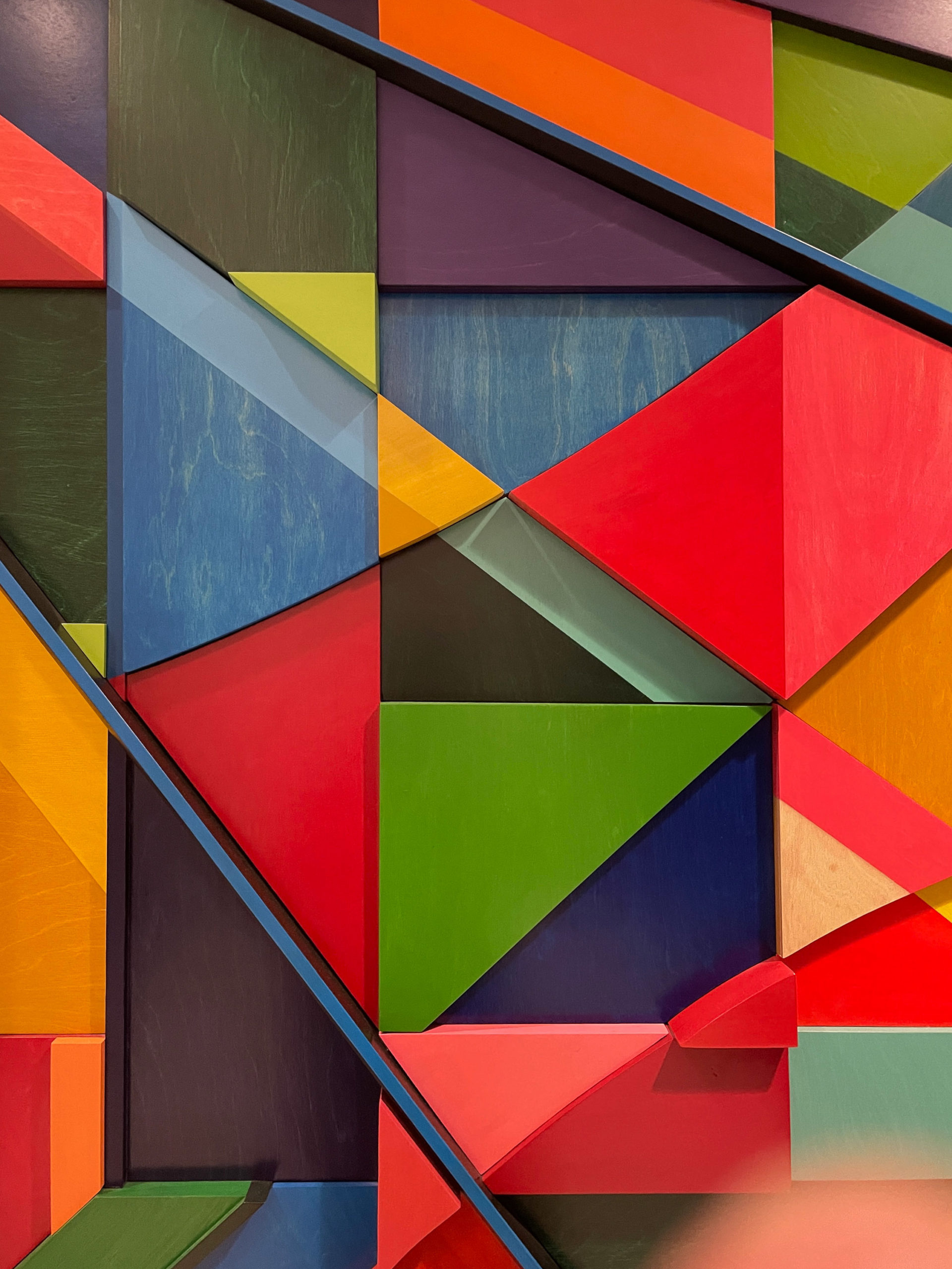 Geometric colorful triangles form a piece of art